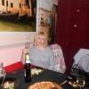 Юлия, Россия, Санкт-Петербург, 43 года. Хочу найти Алкоголика, туниядца, дебошира( шутка). Возраст не важен, главное, что по душе. Мужчину которому не