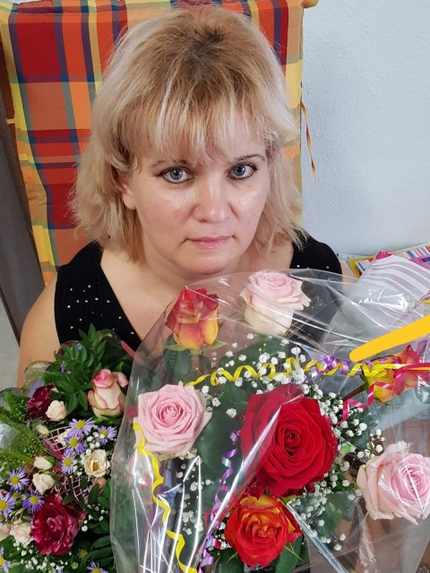 Marina, Германия, Берлин, 49 лет, 2 ребенка. Она ищет его: Настоящего, любящего детей и семейный уют.  В жизни случается всякое, но самое святое  -  это наши