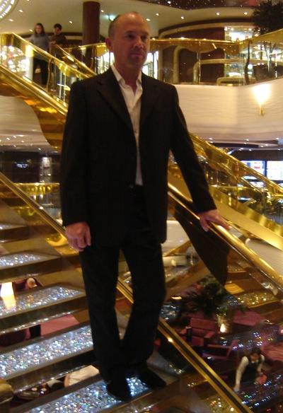 Ростислав Артеменко, Украина, Полтава, 52 года