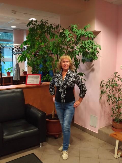 Антонина, Россия, Москва, 59 лет. Беляева Антонина 59 лет овен возведена хочу познакомиться  с мужчиной от 48 до 55 лет стройная жизне