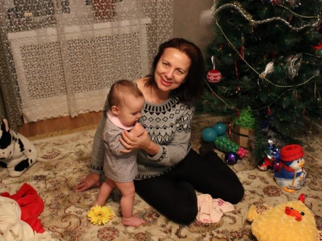 Ирина, Россия, Москва, 42 года, 2 ребенка. Хочу найти Уверенного в себе мужчину. адекватного. Без короны. Без проблем с алкоголем.
