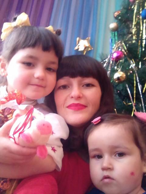 Рахие, Крым белогорск, 30 лет, 2 ребенка. Познакомлюсь с добрым не пьющим мужчиной 35-38   Отвечу только на звонок +79782080225