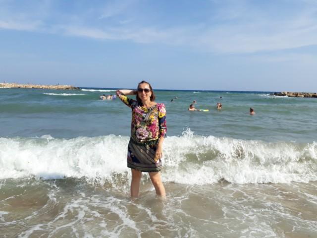 Кристина, Россия, Москва, 40 лет, 1 ребенок. Я обычная женщина. Без звездеой болезни и кредитов. Разведена воспитываю дочь 8 лет. Ищу обычного ра