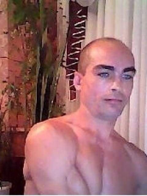 Виталик Кабаков, Казахстан, Сарань, 41 год, 1 ребенок. Хочу найти Женщину-каторая будет огонь в очаге, это тепло в постели,это аромат на кухне. Это улыбка губ, блеск