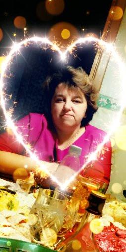 Юлия, Россия, Челябинск, 42 года, 2 ребенка. Хочу найти пьёт но меру знает весёлый детей любил по дому хозяйничал ну я имею виду мужская работа конечно же р