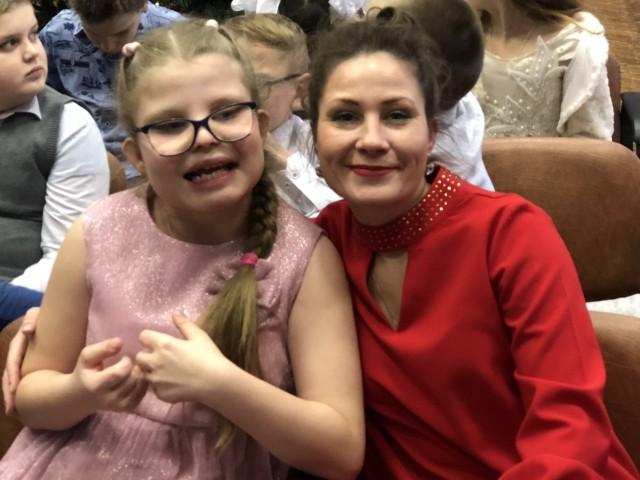 Елена, Россия, Нижний Новгород, 43 года, 1 ребенок. Замечательная женщина загадка для самой себя. Занимаюсь воспитанием своей Солнечной дочери. Мы - опт