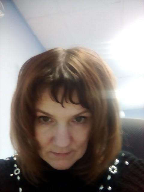 Анна, Россия, Иркутск, 42 года, 2 ребенка. Хочу найти Надежного, доброго.
