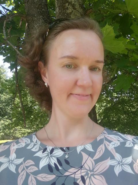 Елена, Россия, московская область, 37 лет, 1 ребенок. Познакомлюсь с мужчиной с целью создания семьи.