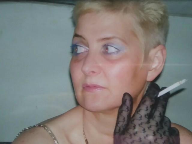 Александра, Россия, Белгород, 55 лет, 1 ребенок. Хочу найти Умного, с чуством юмора, статного, по гороскопу стрельца, благородно, от50-60лет, рост-180и ваше