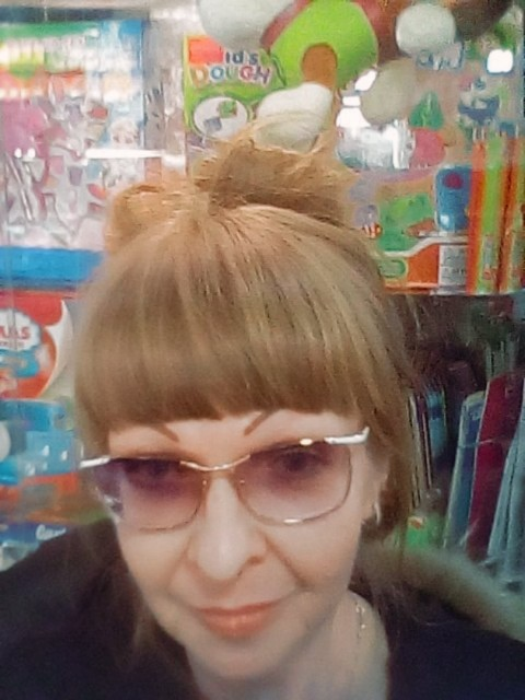 Юлия, Россия, Волгоград, 46 лет, 1 ребенок. Хочу найти Серьезного, честного, уверенного в себе.