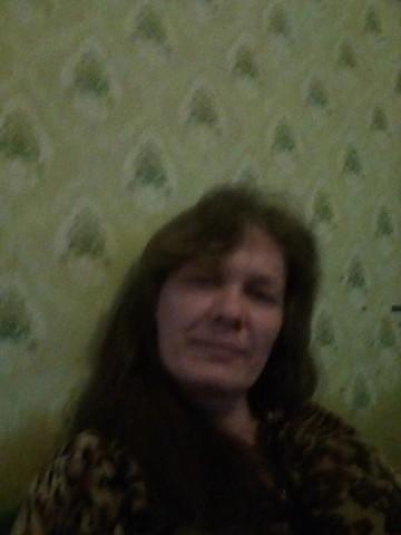 Ирина владимиров Духанина, Россия, пос. Добринка (Добринский район), 46 лет. Она ищет его: Чтоб не лгал. уважал меня. доверял. помогал во всём. зарабатывал не плохо. и был щедрым. не скупым.