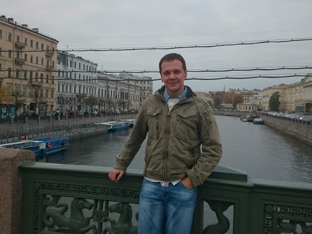 Александр, Россия, Москва, 39 лет, 1 ребенок. Он ищет её:  Женщину по душе. Место жительство не принципиально. Нет какого то определённого шаблона. Но очень б