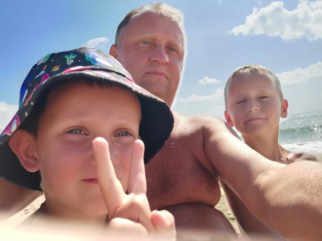Олег, Россия, Москва, 53 года, 2 ребенка. Дети просят найти им хорошую и добрую маму.