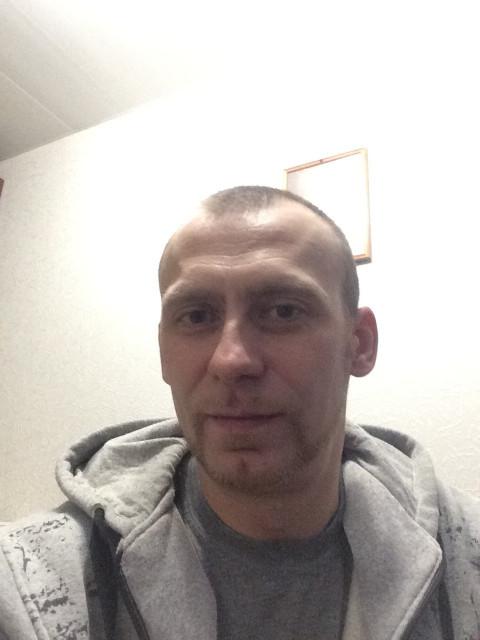 Сергей, Россия, Москва, 40 лет. Знакомлюсь исключительно для серьезных отношений.