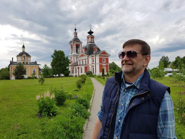 Юрий, Россия, Москва, 50 лет. Москвич. В разводе. Дети взрослые.