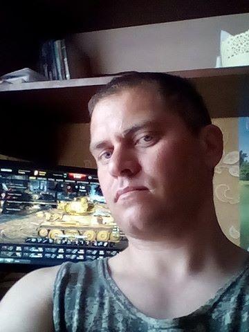 АЛЕКСЕЙ А, Россия, Барнаул, 36 лет, 2 ребенка. Он ищет её: ищу девушку готовую на переезд в деревню или с моим переездом к ней. с одним ребенком. хозяйственную