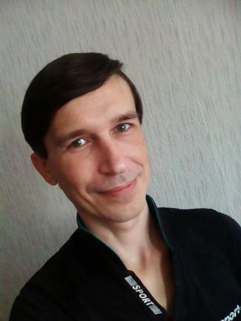 Андрей, Россия, Ярославль, 32 года, 1 ребенок. Разведён уже 10 лет ,ищу подругу