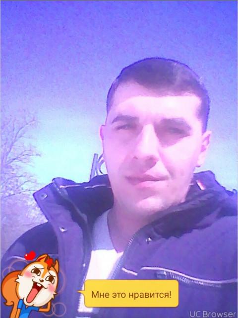 Владимир Яловский, Россия, Курск, 34 года