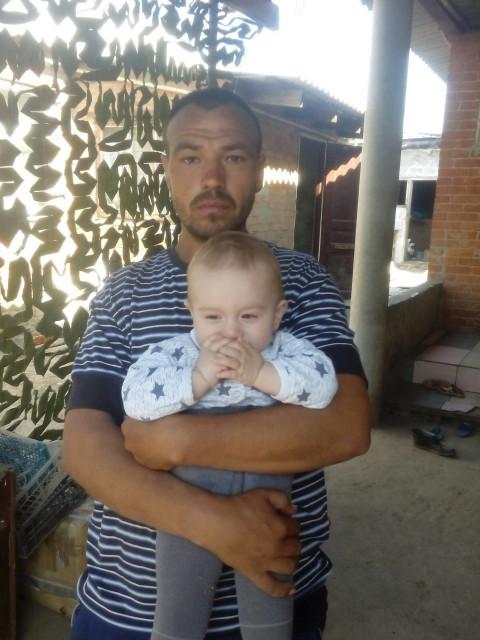 Генадий, Россия, каневской район, 26 лет