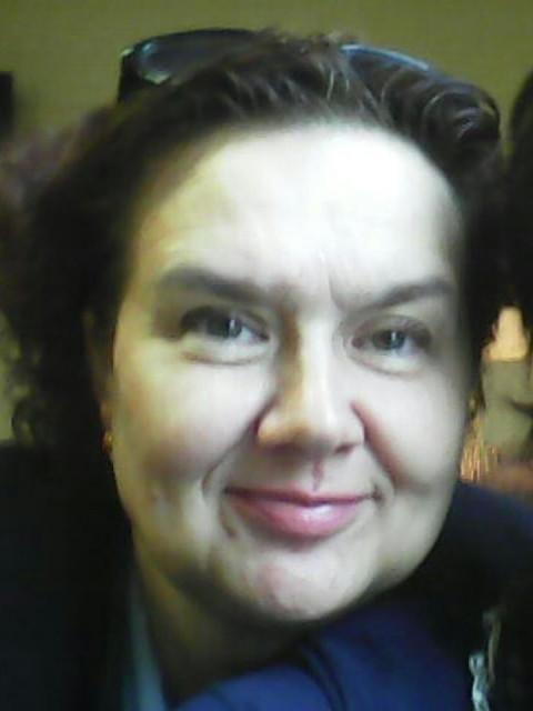 Елена, Россия, Москва, 52 года, 1 ребенок. Она ищет его: Меня привлекают думающие, ведущие здоровый образ жизни , склонные к спорту мужчины. Также иногда чит