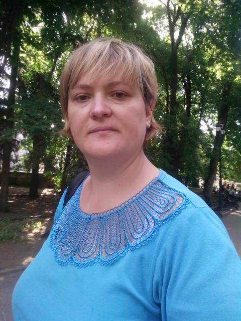 Екатерина, Россия, Саратов, 34 года, 1 ребенок. Ищи мужчину для семьи. Добрая, веселая. Остальное расскажу при встрече.