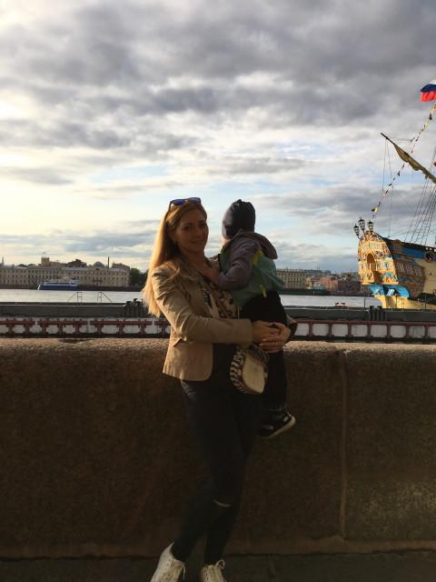 Марьяна, Россия, Санкт-Петербург, 35 лет, 2 ребенка. Хочу найти Умного, доброго и заботливого. Который не предаст и не бросит в трудную минуту. Который готов будет