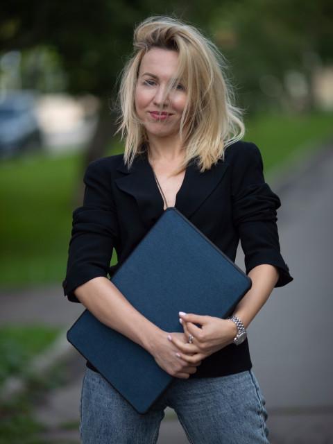Ирина, Россия, Москва, 32 года. Хочу найти ты: уверен в себе, любишь спорт, имеешь чувство юмора, хорошую работу. Я «ЗА» твоих и наших детей.
