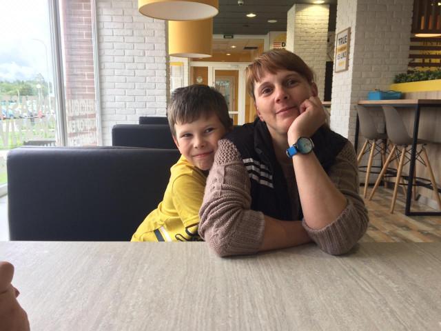 мария Бунакова, Россия, Сланцы, 41 год, 3 ребенка. Хочу найти С сувства юмором!!