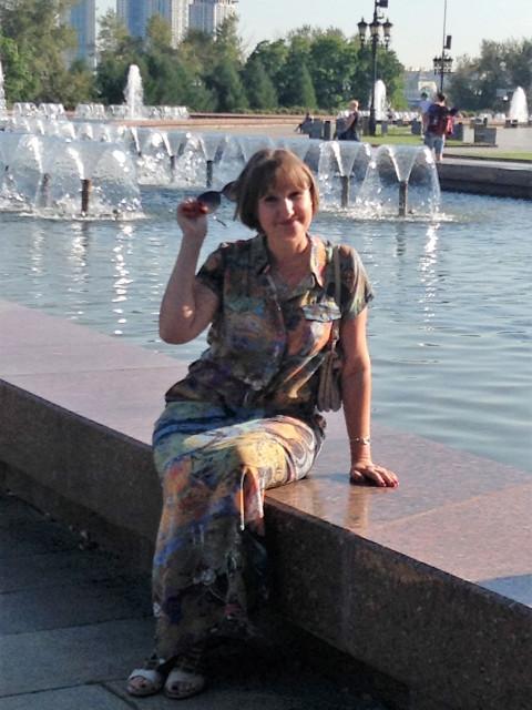 Ирина, Россия, Люберцы, 53 года, 3 ребенка. Свободна. Дети взрослые. Жду своего мужчину, тараканы которого подружатся с моими.