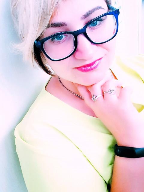 Светлана, Россия, Омск, 26 лет, 2 ребенка. Люди вообще стыдятся хороших вещей, например - человечности, любви, своих слёз, тоски, всего, что не