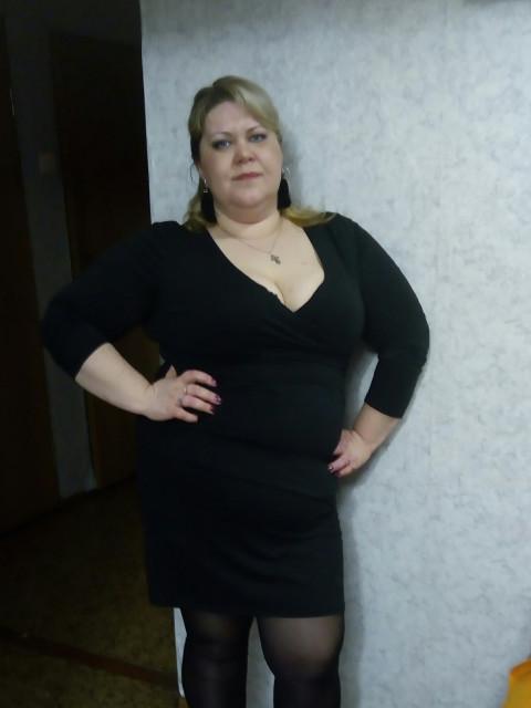 Оличка, Россия, Санкт-Петербург, 36 лет, 1 ребенок. Общительная, весёлая. Знак задиака рак. Очень хочу встретить мужчину. Симпатичного, романтичного, ув