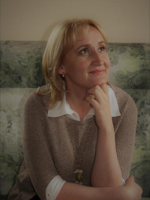 Ольга, Россия, Севастополь, 42 года. хочу семью, детей, любить и быть любимой.