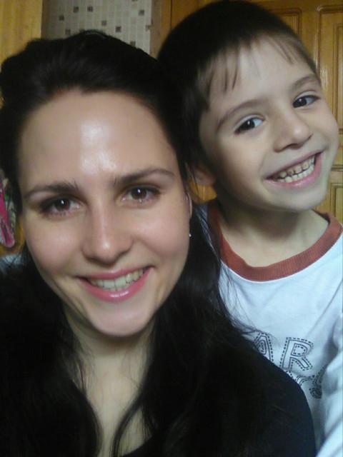 Елена, Узбекистан, 33 года, 3 ребенка. Хочу найти Мечтаю найти НАСТОЯЩЕГО друга. Честного, доброго, порядочного человека. Мне нужен мужчина намного си