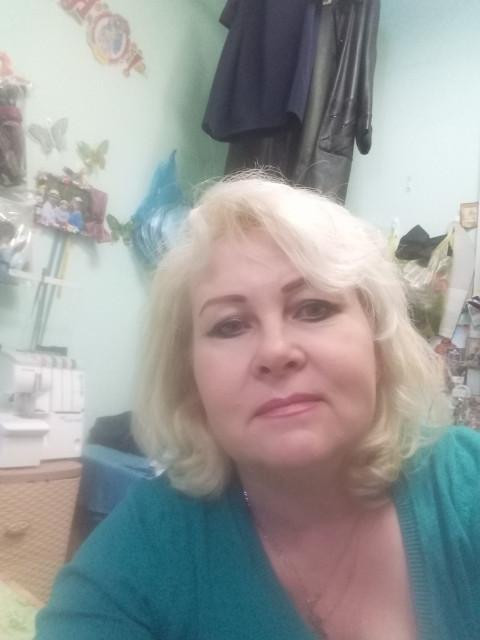 Ирина, Россия, Москва, 50 лет. Хочу найти Хочу познакомиться с мужчиной с чувством юмора! Крепкого телосложения сильного доброго щедрого. Увле