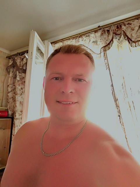 Майкл, Россия, Санкт-Петербург, 27 лет. Знакомство с мужчиной из Санкт-Петербурга