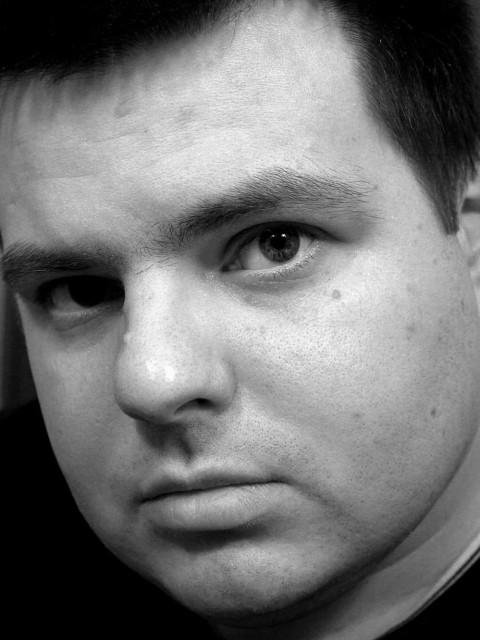 Евгений, Россия, Москва, 31 год. Хочу найти Мы друг-друга узнаем из тысячи. Но это неточно ; -)