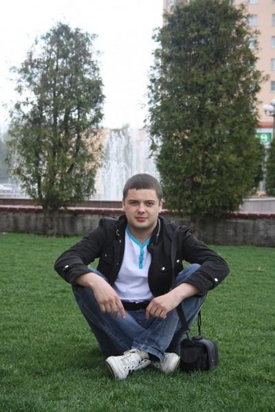 Максим Михайлов, Россия, Наро-Фоминск, 30 лет. Познакомлюсь для серьезных отношений и создания семьи.