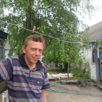 Юрий Гребенников, Россия, Богучар, 43 года
