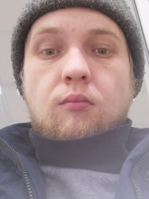 Кирилл, Россия, Нижний Новгород, 26 лет, 1 ребенок. Обычный парень который ищет девушку для создание сьми а нек у меня получилось с бывший у нас случила