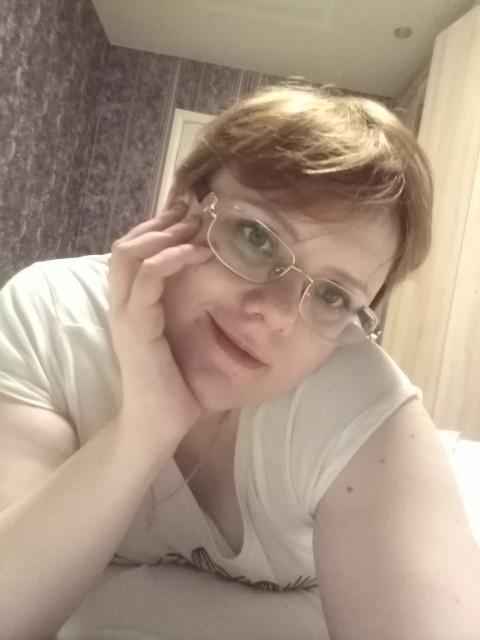 Светлана, Россия, Екатеринбург, 36 лет, 1 ребенок. Человек - существо парное. Всем нужна пара. В идеале ищу папу - одиночку. Чтобы вместе получилась бо