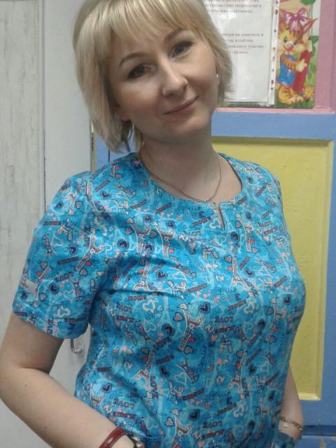 Таша, Россия, Москва, 42 года, 1 ребенок. Хочу найти Ищу настоящего, ответственного мужчину. Ищу отношения с мужчиной от 35 до 48 лет.