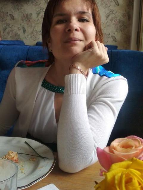 Ляля, Россия, Москва, 42 года, 2 ребенка. Хочу найти Доброго, честного, с чувством юмора, заботливого, порядочного, образованного, без материальных и жил