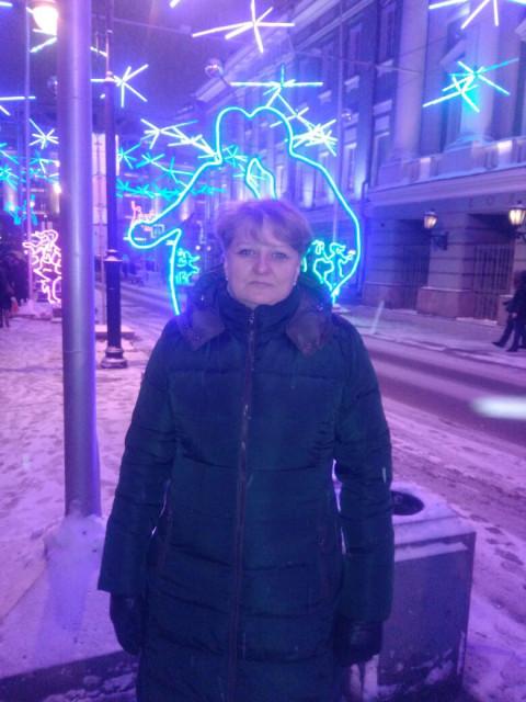 Vika, Россия, Москва, 44 года. Хочу найти Живого, активного, интеллигентного Не лежащего на диване, которому нравится активный отдых (плавани