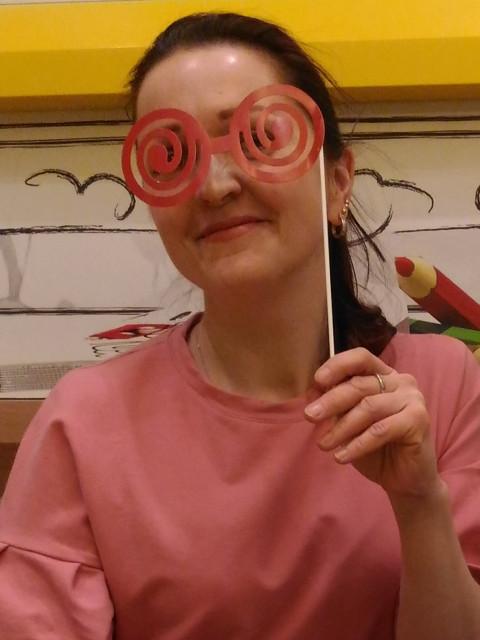 Марина, Россия, Москва, 43 года, 1 ребенок. Хочу найти В идеале- хотелось бы встретить мужа себе и папу - дочке , для создания дружной и счастливой семьи.