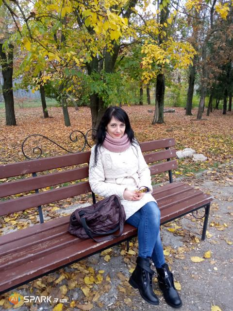 Ирина, Украина, Николаев, 40 лет, 4 ребенка. Молодая, многодетная, одинокая, верующая женщина не отчаиваюсь и не хочу смиряться чтоб дальше быть