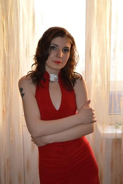 Ника Константинова, Россия, Междуреченск, 34 года, 2 ребенка. Меломанка