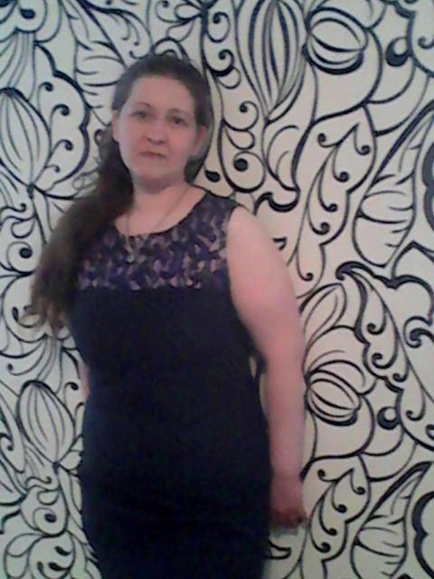 Валентина, Россия, Каменск-Уральский, 36 лет, 2 ребенка. Хочу найти От 35-45лет доброго чтоб любил моих детей как своих. желательно чтоб был с детьми. вредные привычки