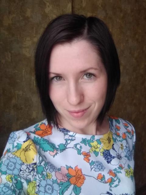Елена, Россия, Санкт-Петербург, 28 лет, 1 ребенок. Хочу познакомится с надежным мужчиной 30-45 лет для создания семьи. Мечтаю о большой  и дружной семь