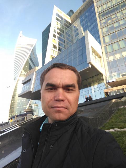 Алексей, Россия, Москва, 41 год. Добрый день дорогие женщины. Хочу подарить женщине свою любовь и жить с ней