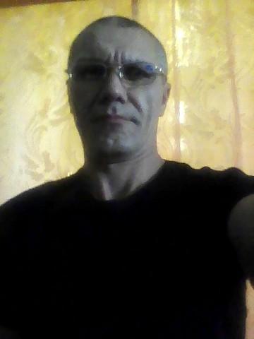 Сергей Гальцов, Россия, п. Локоть, 43 года. сайт www.gdepapa.ru